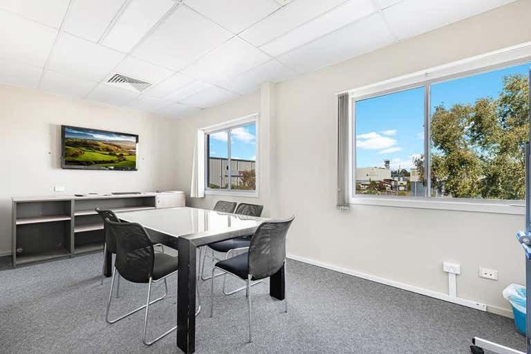 8 Laurio Place Mayfield West NSW 2304 - Image 4