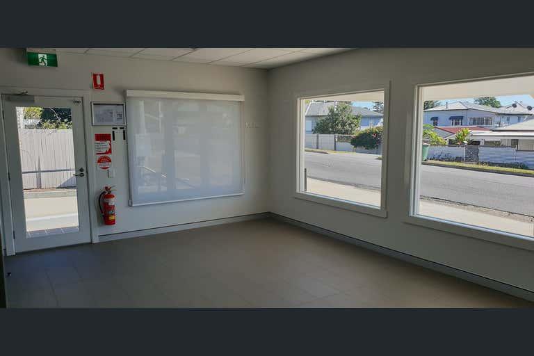 17 Blackstone Road Eastern Heights QLD 4305 - Image 2