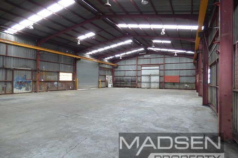 76 Andrew Street Rocklea QLD 4106 - Image 2