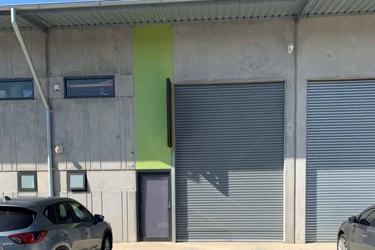 8/46 Montague Street North Wollongong NSW 2500 - Image 1