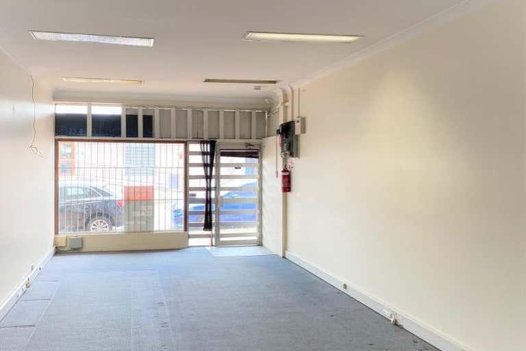 18 Adelaide Street East Gosford NSW 2250 - Image 3