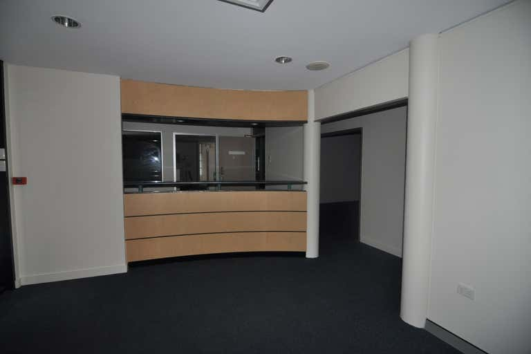 F4 / 336-340 Ross River Road Aitkenvale QLD 4814 - Image 2