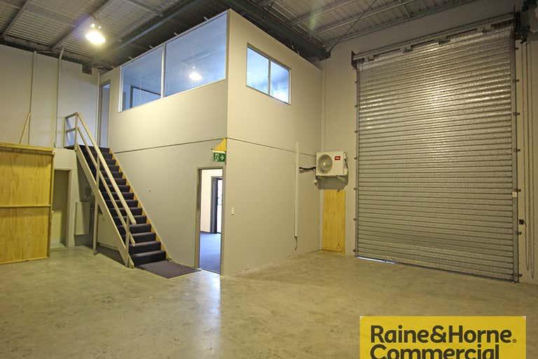 3/10 Fortune Street Geebung QLD 4034 - Image 2