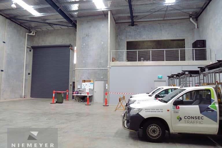 16 Hallmark St Pendle Hill NSW 2145 - Image 3
