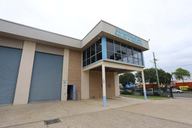 8/4 Purdy Street Minchinbury NSW 2770 - Image 1