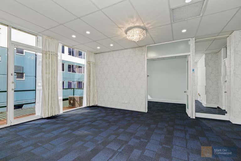 Suite 4, 6 Mcintosh Street Chatswood NSW 2067 - Image 1