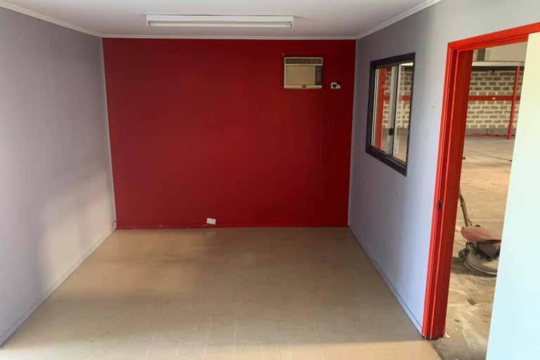 1-2, 275 Mccormack St Manunda QLD 4870 - Image 4
