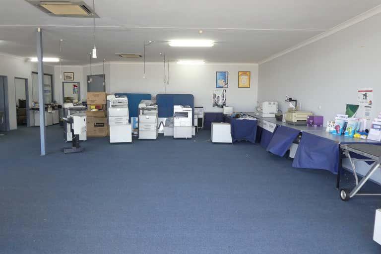2/4053 Pacific Highway Loganholme QLD 4129 - Image 2