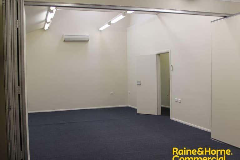 Suite 17 46-52 Baylis Street Wagga Wagga NSW 2650 - Image 2