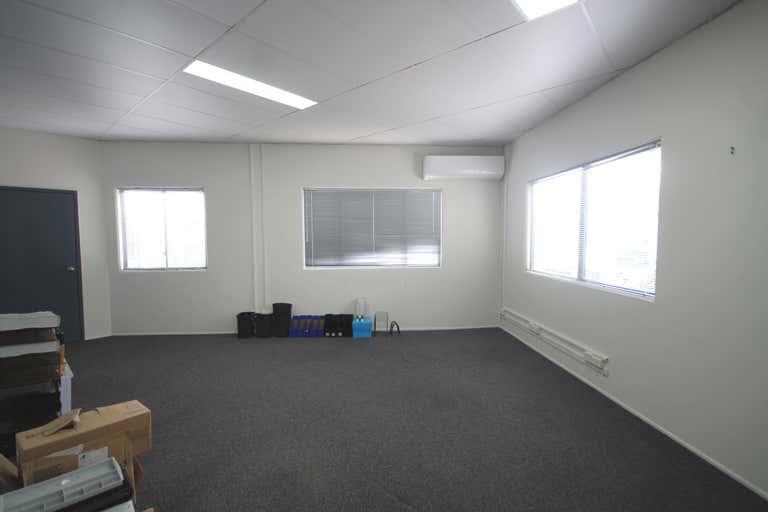 5/64 Siganto Drive Helensvale QLD 4212 - Image 3