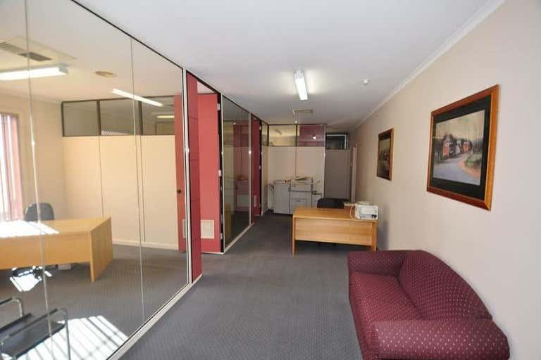 75 High Street Kangaroo Flat VIC 3555 - Image 2
