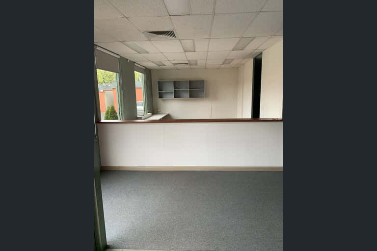 2/178 Boronia Road Boronia VIC 3155 - Image 2