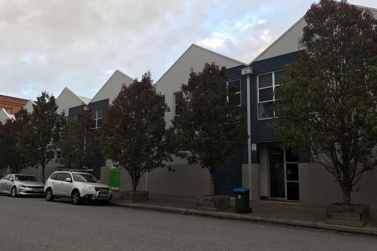 31 Aberdeen Street Port Adelaide SA 5015 - Image 1