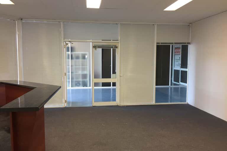 5/9-11 Lawrence Drive Nerang QLD 4211 - Image 2