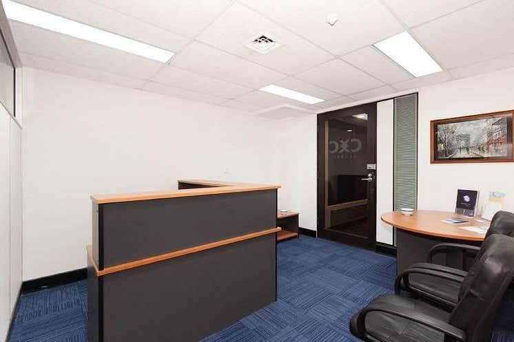 24, 445 UPPER EDWARD STREET Spring Hill QLD 4000 - Image 3