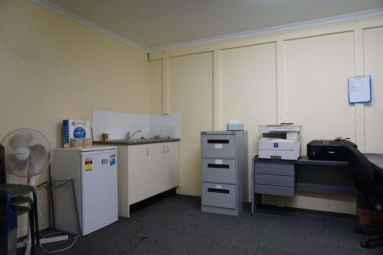 7/2 Enterprise Crescent Singleton NSW 2330 - Image 4