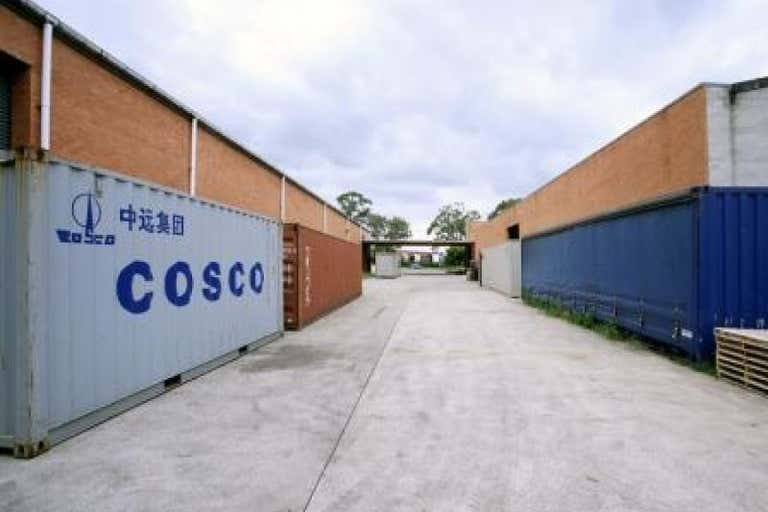 27A Coombes Drive Penrith NSW 2750 - Image 4