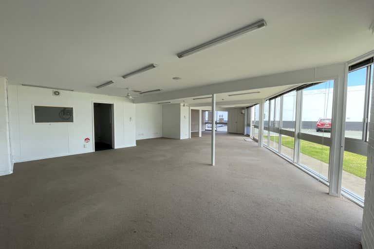 6/18 Strathaird Road Bundall QLD 4217 - Image 4