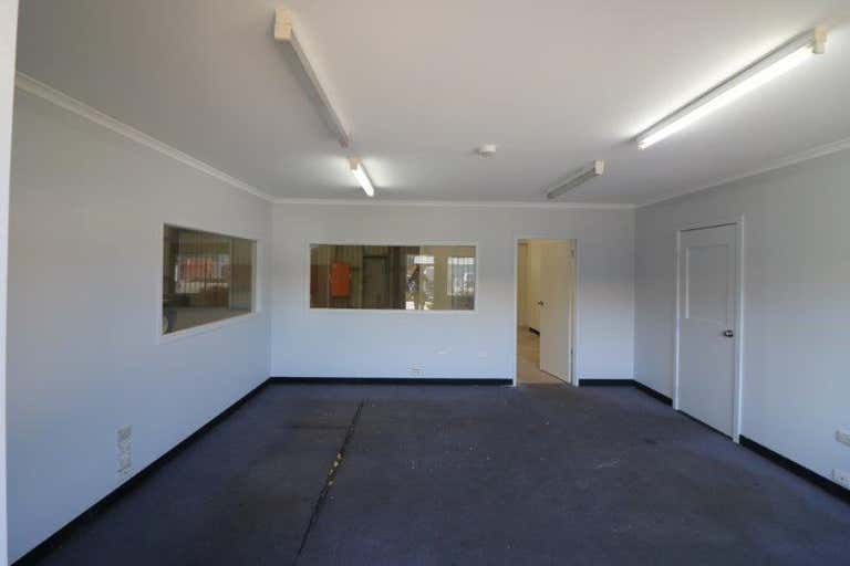 Unit 4, 21-23 Naweena Road Regency Park SA 5010 - Image 2