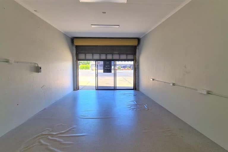 2/94a Mort Street Toowoomba City QLD 4350 - Image 2