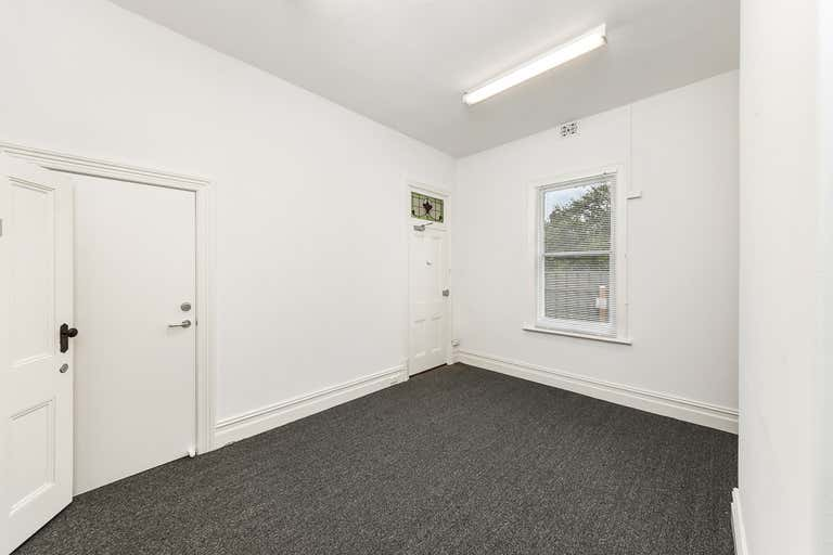 Weymouth House, 51 Torrens Street Victor Harbor SA 5211 - Image 3