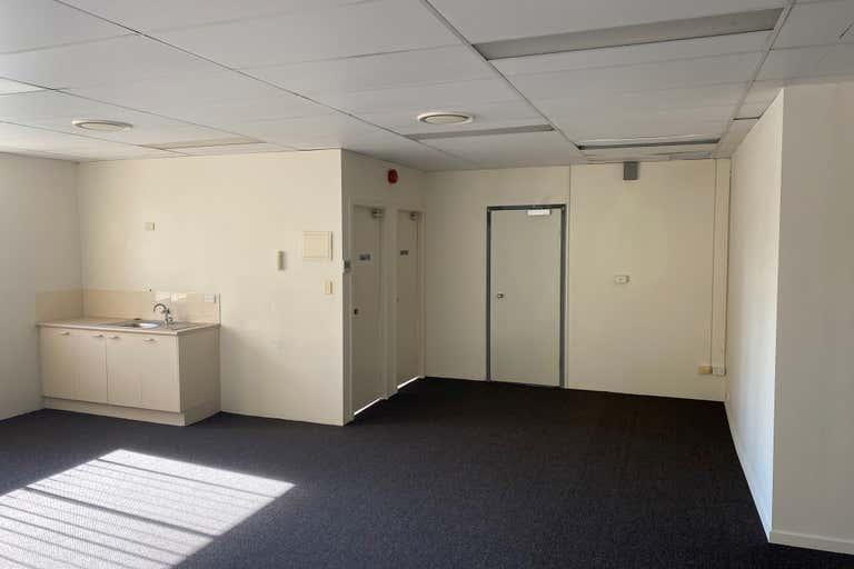 6/19 Cotton Street Nerang QLD 4211 - Image 4