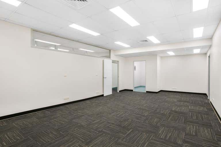 69 East Street Rockhampton City QLD 4700 - Image 4