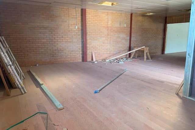 1/29 Carrington Street Queanbeyan NSW 2620 - Image 2