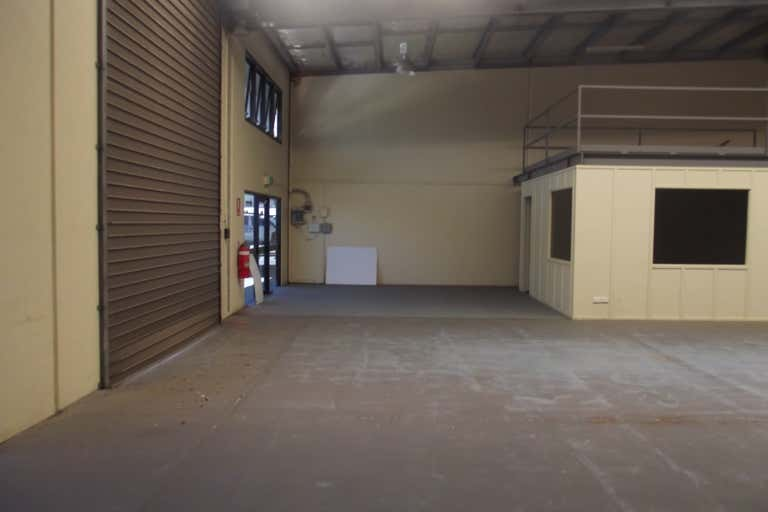 6/25 Transport Avenue Paget QLD 4740 - Image 4