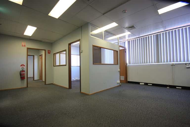 Level 1, Suite  126 John Street Singleton NSW 2330 - Image 2