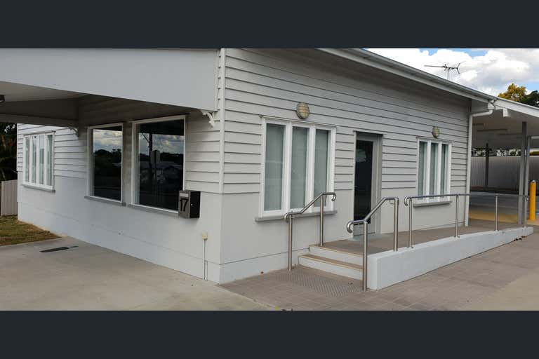17 Blackstone Road Eastern Heights QLD 4305 - Image 1