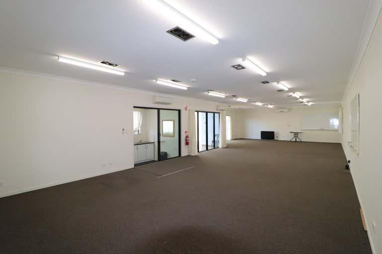 6/183 Currumburra Road Ashmore QLD 4214 - Image 3