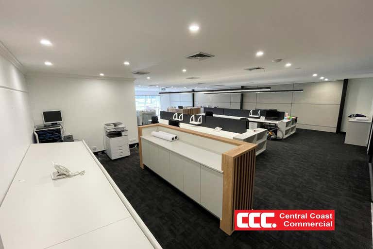 1/3a Racecourse Road West Gosford NSW 2250 - Image 2