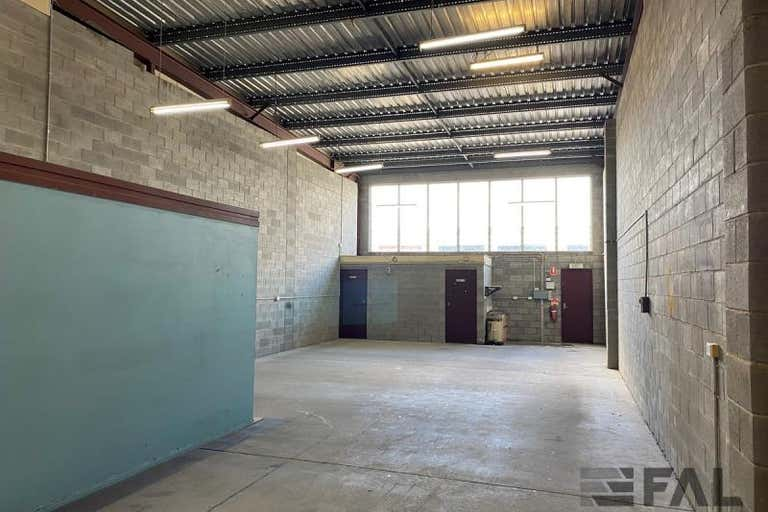 Unit  4, 16 Dulacca Street Acacia Ridge QLD 4110 - Image 2