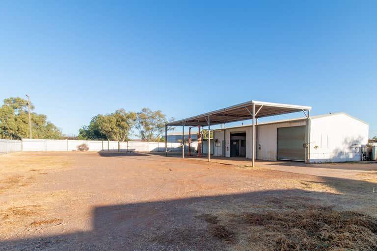 28 Richardson Road Mount Isa QLD 4825 - Image 4