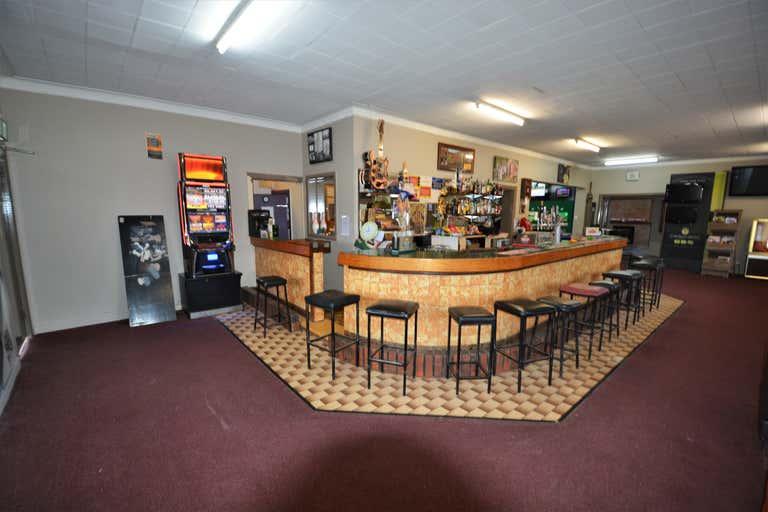 149 Murray Street Finley NSW 2713 - Image 2