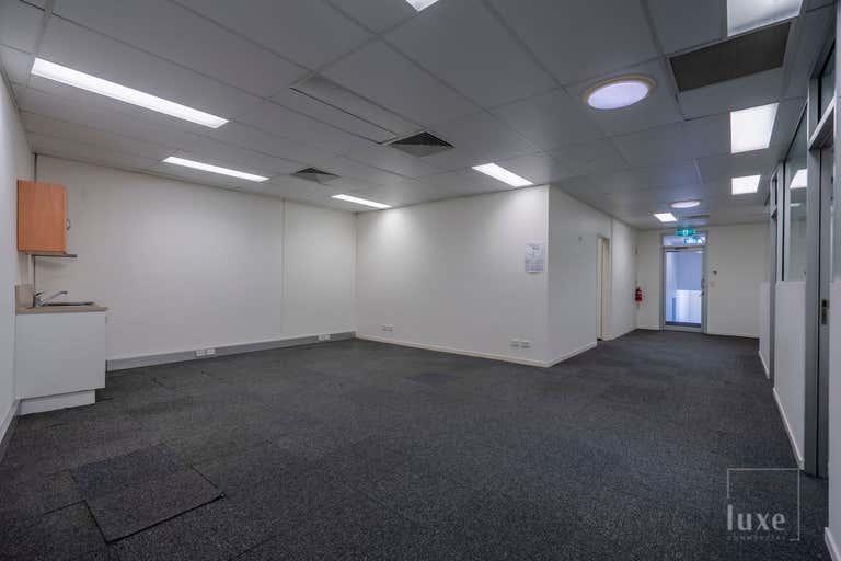 26 Premier Circuit Warana QLD 4575 - Image 2