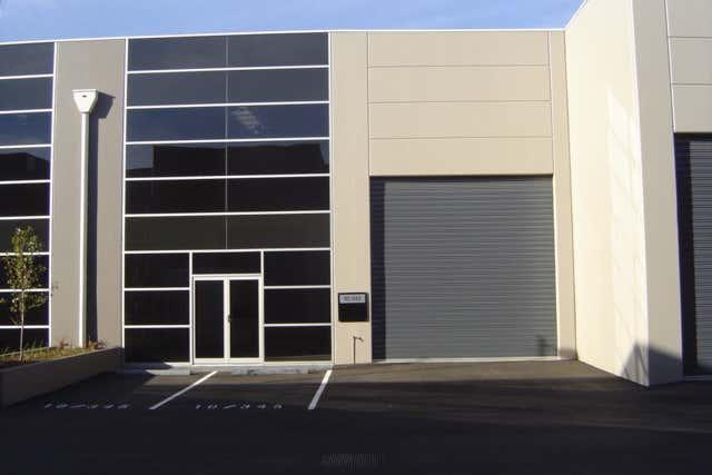 10/345 Plummer Street Port Melbourne VIC 3207 - Image 1
