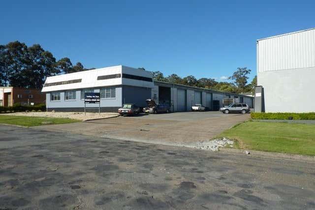 Bay 2, 4 Coolabah Drive Taree NSW 2430 - Image 1