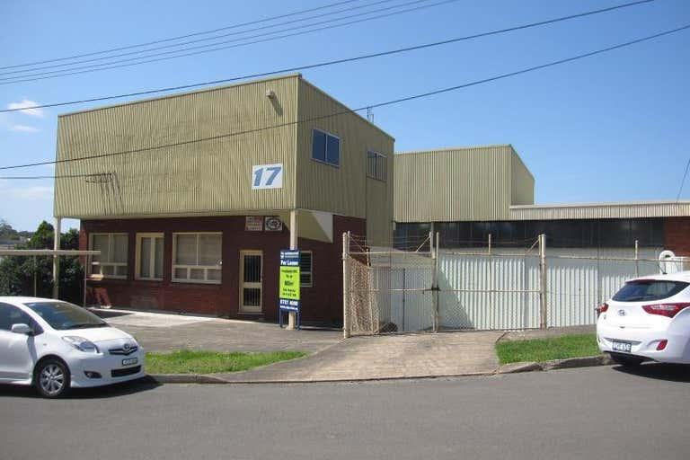 17 Pritchard Place Peakhurst NSW 2210 - Image 1