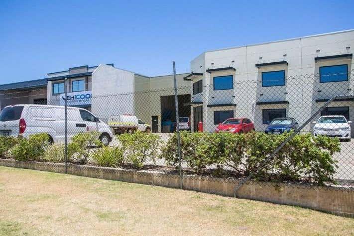 59 Tacoma Cct Canning Vale WA 6155 - Image 1