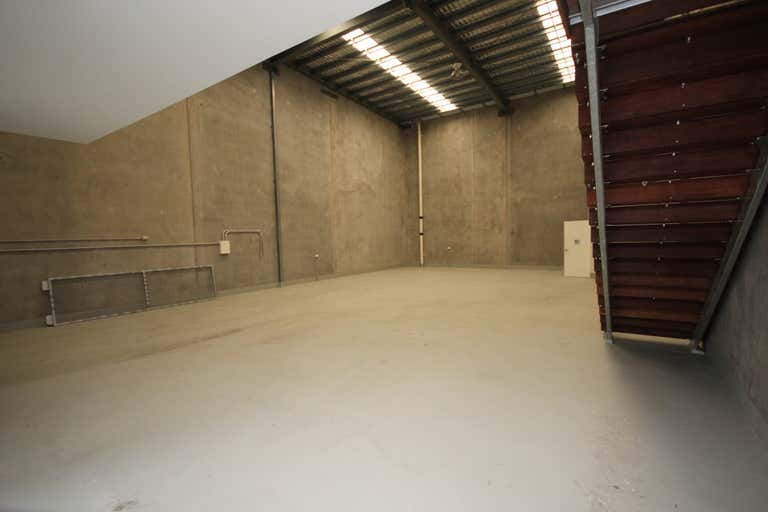 Unit 3, 585 Ingham Road Mount St John QLD 4818 - Image 2