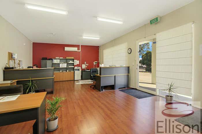 23/42 Burnside Road Ormeau QLD 4208 - Image 2