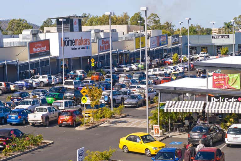 Red Hill Homemaker Centre, Showroom 4, 404-434 YAAMBA ROAD Norman Gardens QLD 4701 - Image 1