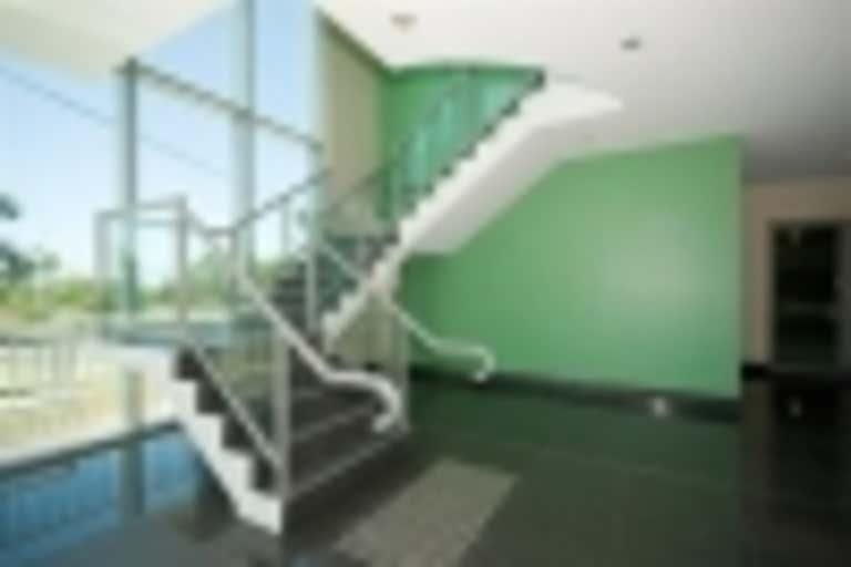 Suite 3, Level 1, 84 Brisbane Road Labrador QLD 4215 - Image 3