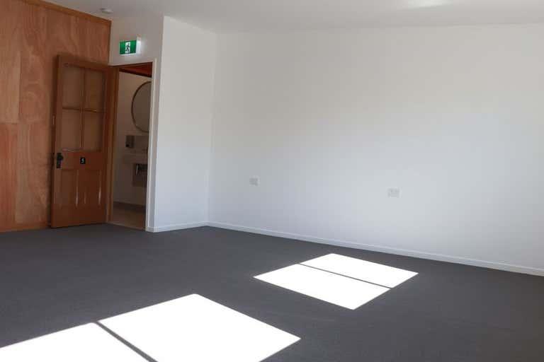 Suite 5, 49 Raff Street Toowoomba City QLD 4350 - Image 4