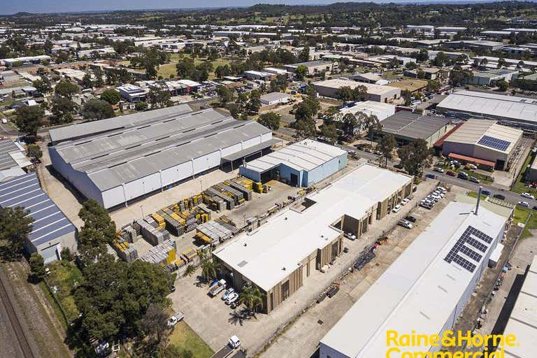 Unit 9, 8 Kerr Road Ingleburn NSW 2565 - Image 4