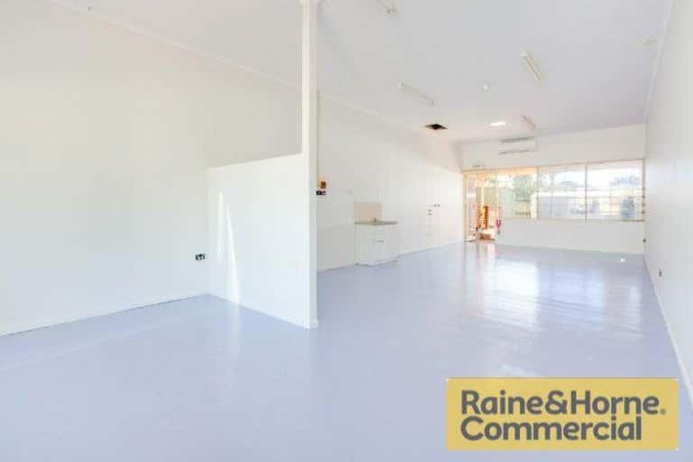 Shop 5, 160-162 Broadwater Terrace Redland Bay QLD 4165 - Image 2