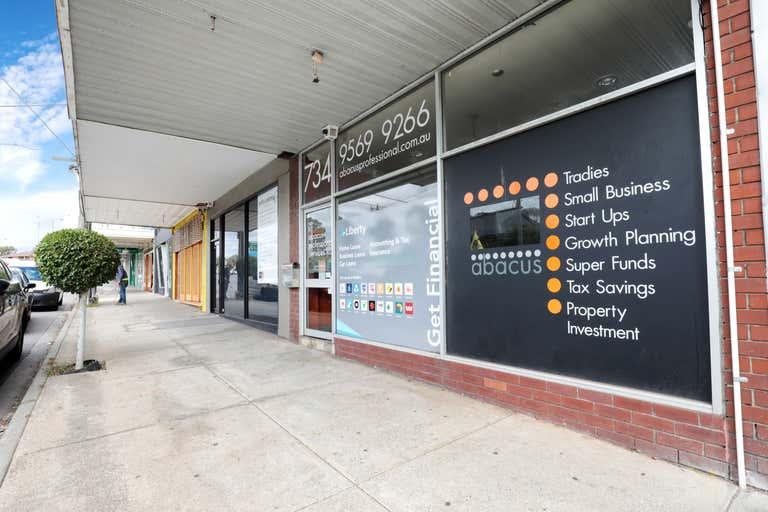 734 Waverley  Road Malvern East VIC 3145 - Image 2