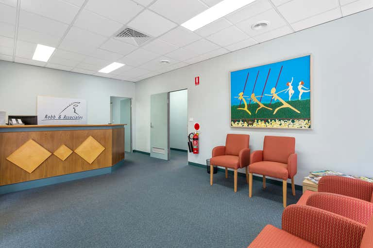 2/601 Olive Street Albury NSW 2640 - Image 3